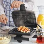 Croquade Waffle Maker
